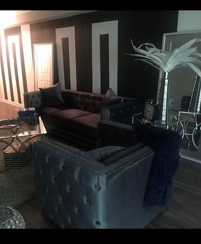 Luxurious Apartment - Alpharetta