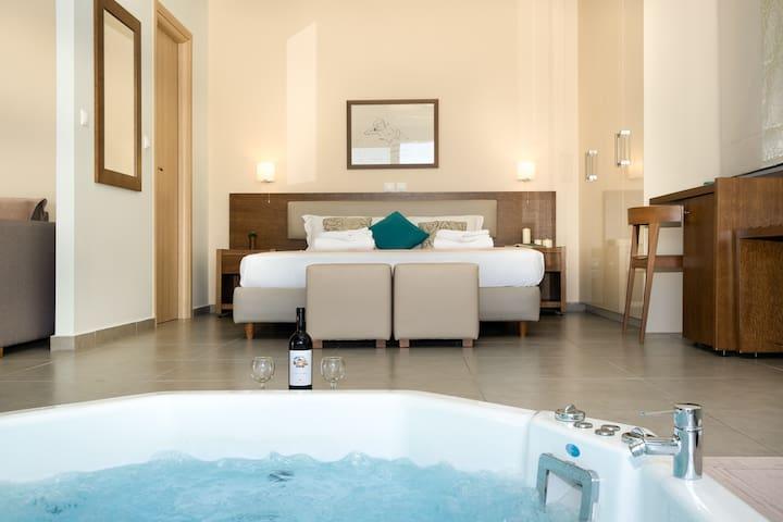 Romantic SeaView Jacuzzi Suite. Thealos Village