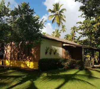 Vila dos Coqueiros Chalés e Praia - Santa Cruz Cabrália - Chalet