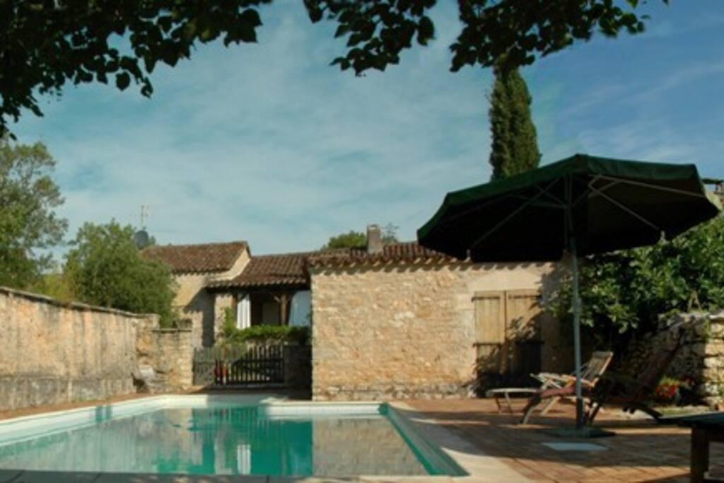 Maison de famille 18 me avec grande piscine maisons for Piscine 18eme