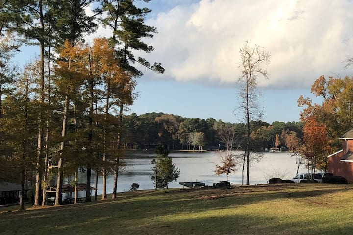 Best Airbnb Value on Lake Sinclair