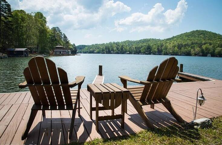 Cabin Getaway w/ Lake Access, Mtn View, HOT TUB
