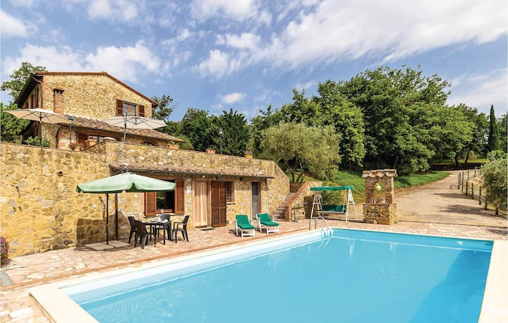 Holiday cottage with 3 bedrooms on 260m² in Sinalunga SI
