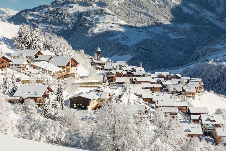 Hotel Miraval Cumbel - Dorf Cumbel