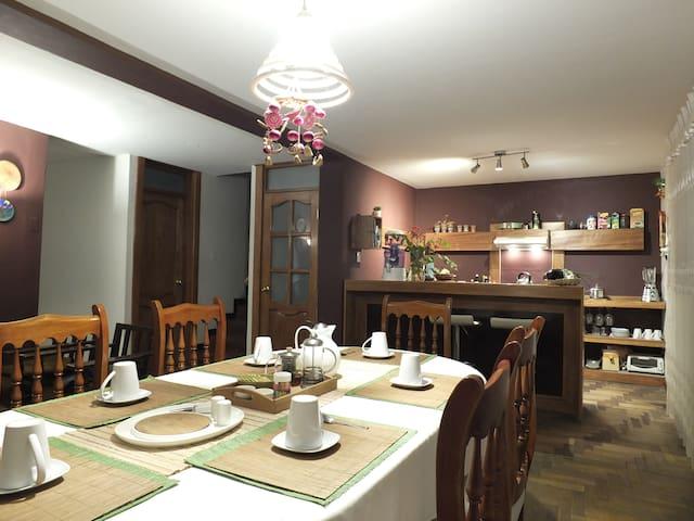 Casa Hospedaje Díaz Del Mar. Cusco, Perú