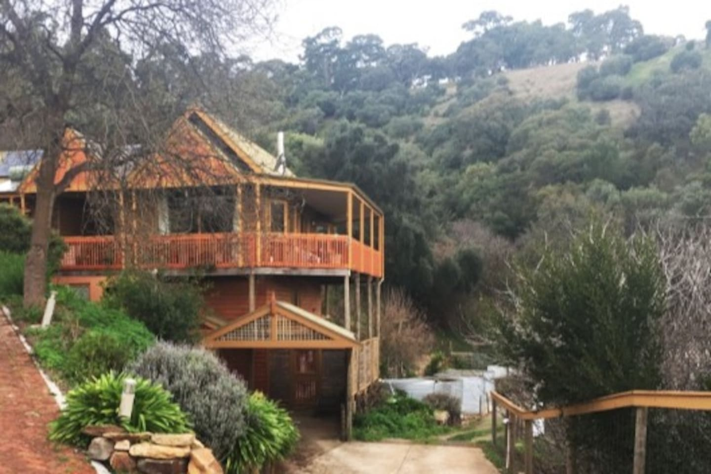 Peaceful & tranquil oasis on 4 acres
