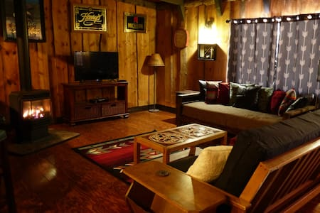 Old Sheep Ranch Inn - The Bar