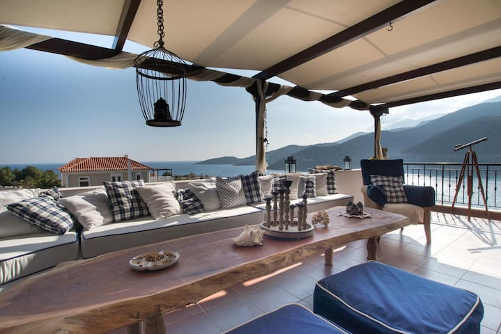 Floating Villa near Astros, East Peloponnese