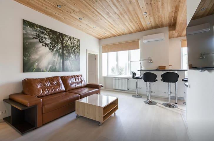 Modern flat with 2 bedrooms near Belorusskaya