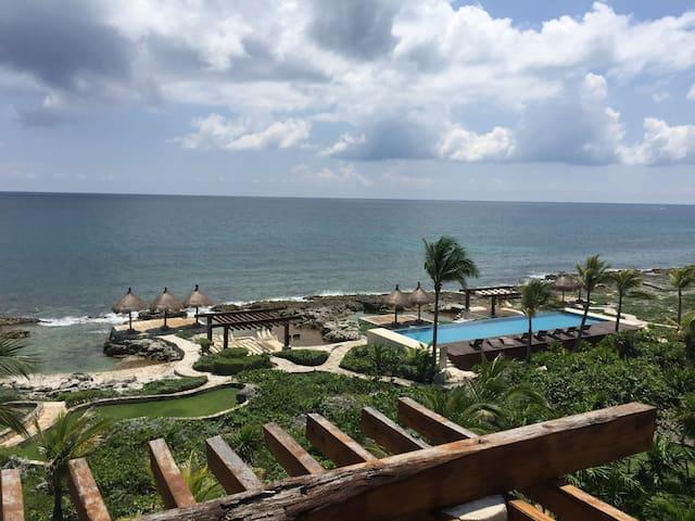 Ocean Front Penthouse in Puerto Aventuras