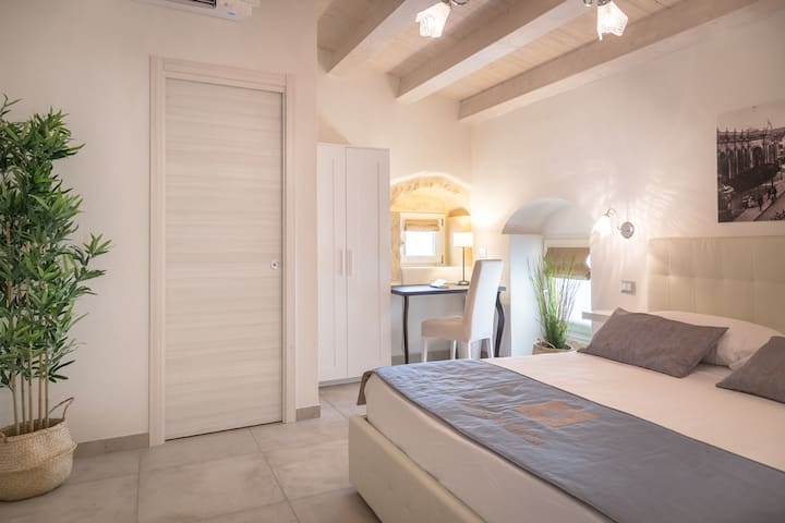 CASA SICILIANA 09 Comfort Double Room