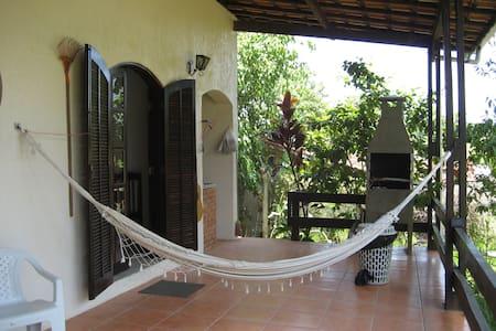 Casa de campo com aquecimento solar na piscina