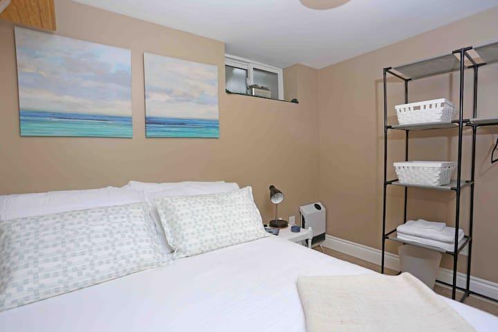 West Toronto studio guest suite