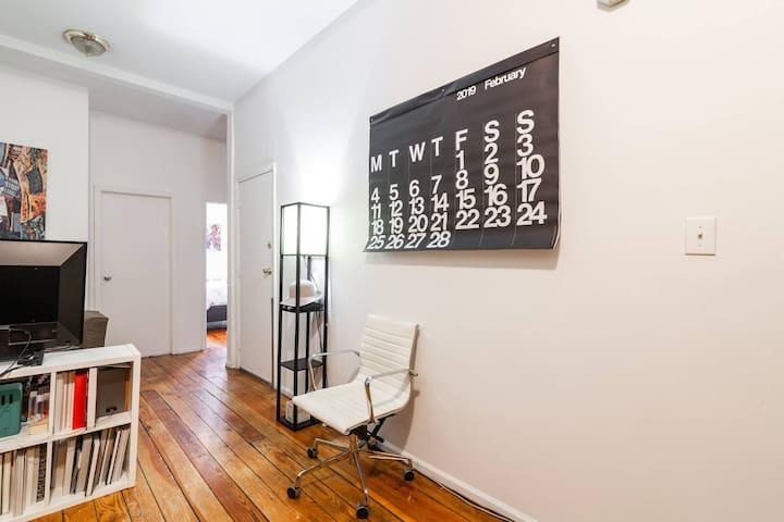 Sunny bedroom in Greenpoint/Williamsburg Brooklyn.