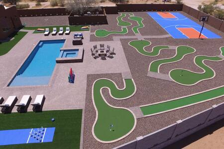 Voted #1 House - Pool, Bowling, Golf, Basketball +