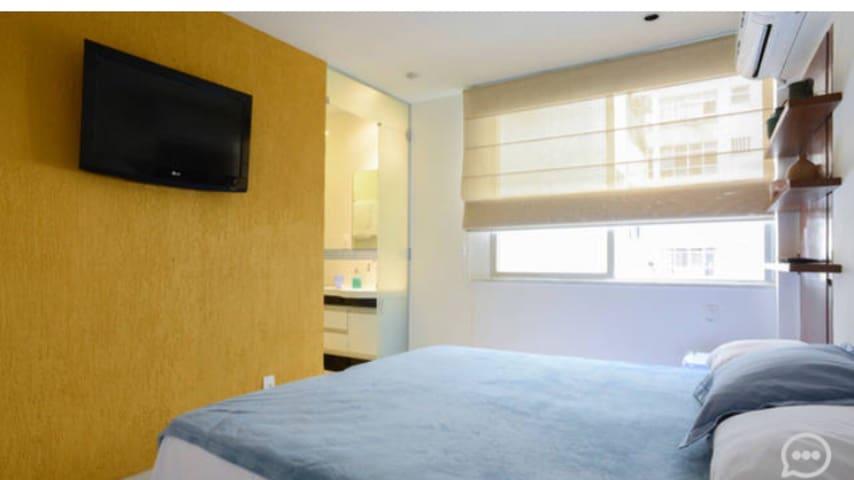 LOFT (quarto com banheiro e entrada independente)