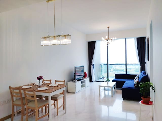 2BR/Marina Bay/SeaView/5mins walks frm Mrt/CozyApt