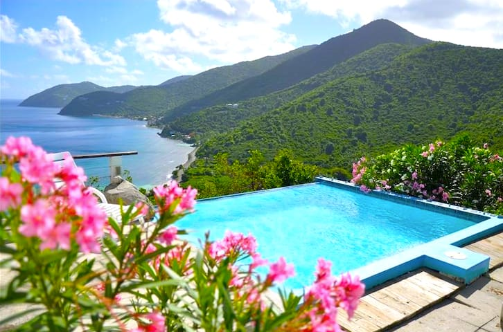 'Tortola Adventure' Private Villa w/OceanView Pool