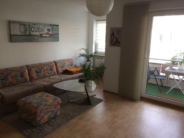 Ruhige 1-Zimmer-Wohnung Nähe Innenstadt mit Balkon - Würzburg