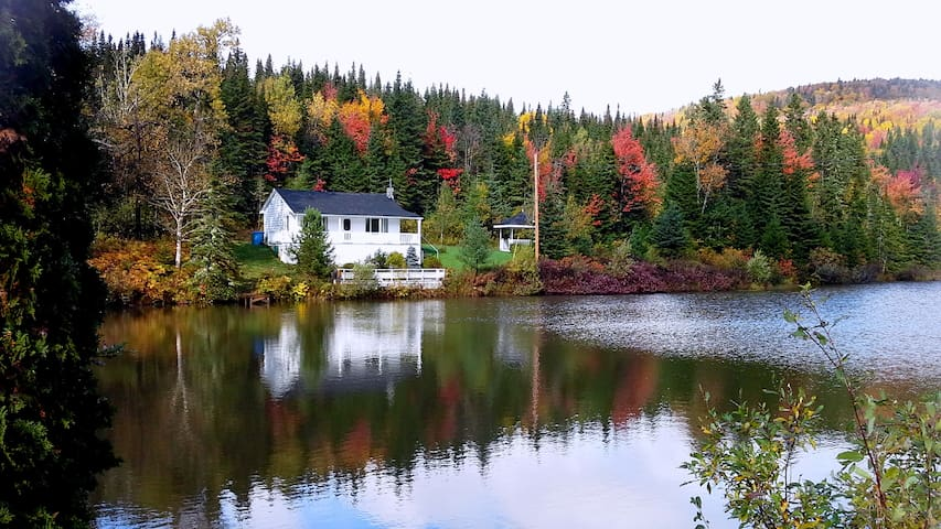 Cosy chalet 20 minutes from Quebec