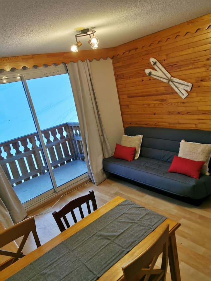 Appartement 1 chambre, calme, vue dégagé