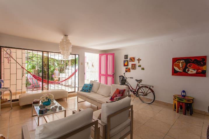 Habitación 3 para tres personas en Casa Rosada