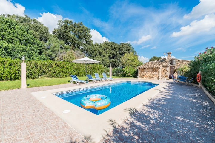 SA FIGUERA BLANCA - Great traditional villa with private pool in inland Majorca.