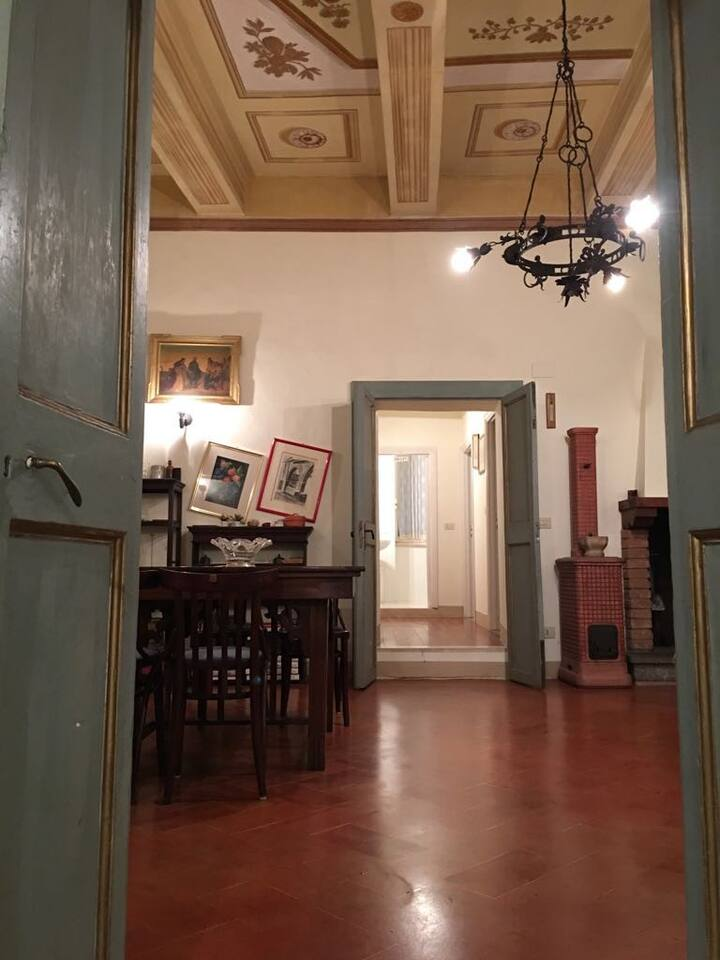 Nice flat in the city centre of Todi