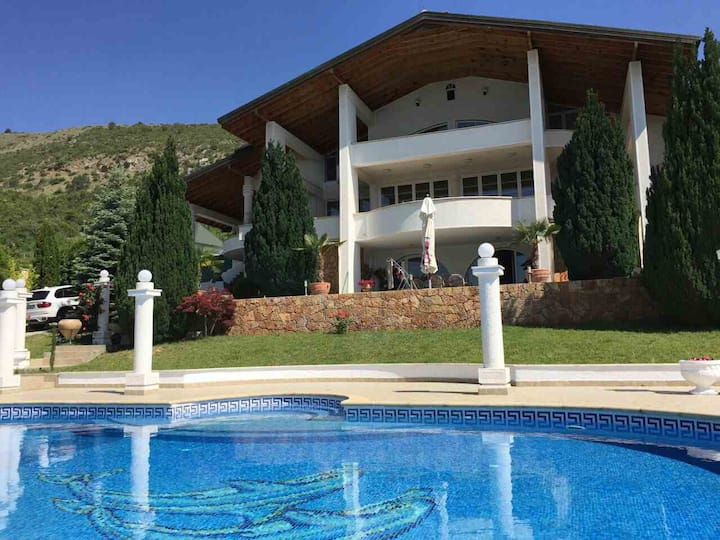 Villa Toneli