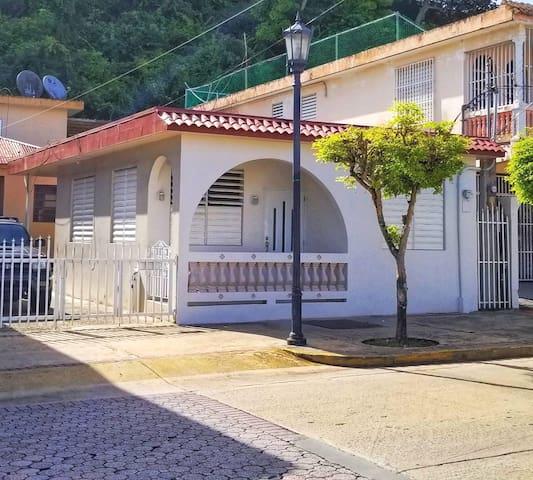 Agua Villa