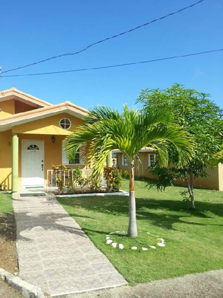 Home Away from Home- 15 min drive to Ochi