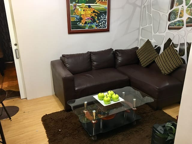 RomAnn's fully furnished Condohotel