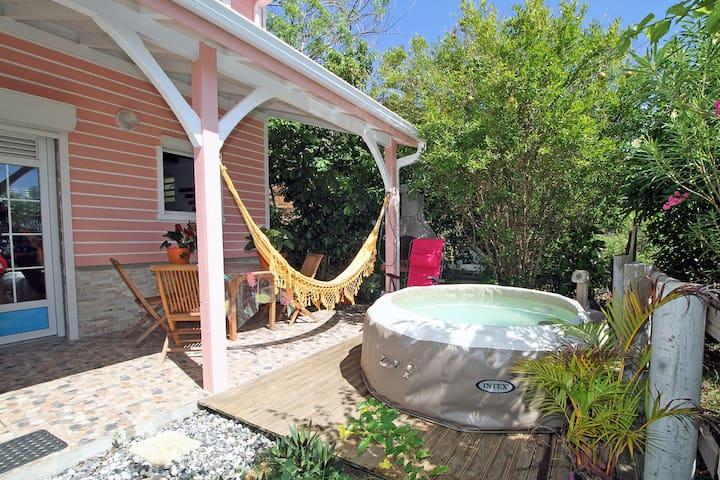 Duplex Coco Bambou avec jacuzzi privée
