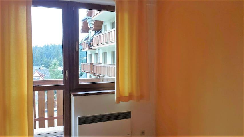 Apartmán s balkónom a  s výhľadom na hory
