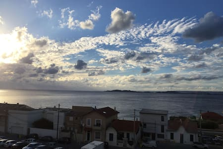 Grand studio vue mer 180° 50m plage - Marseille