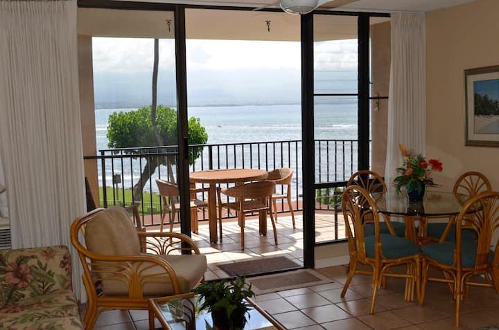 Stunning Oceanfront Maui Condominium!!!