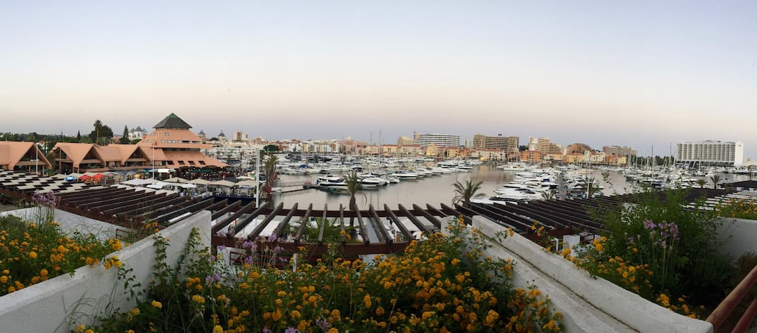 Marina Vilamoura with a view and parking