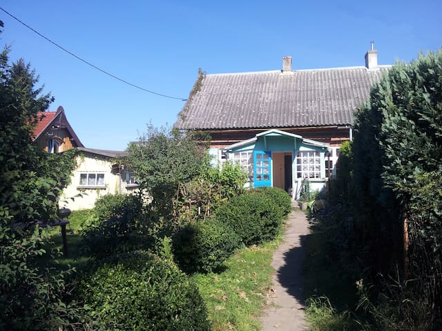 Żuławski cottage near the Baltic Sea