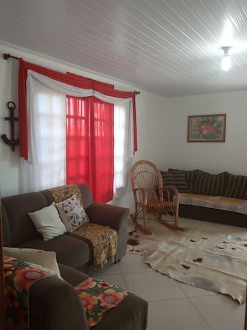 Casa 3 quartos em Torres Praia da Guarita