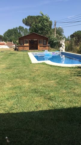 House with pool and car @ PGA Golf - Caldes de Malavella - Huis