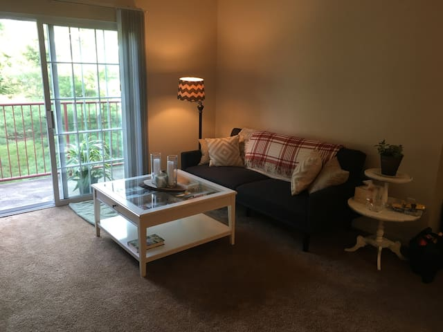 Quiet SC apartment just minutes from downtown!