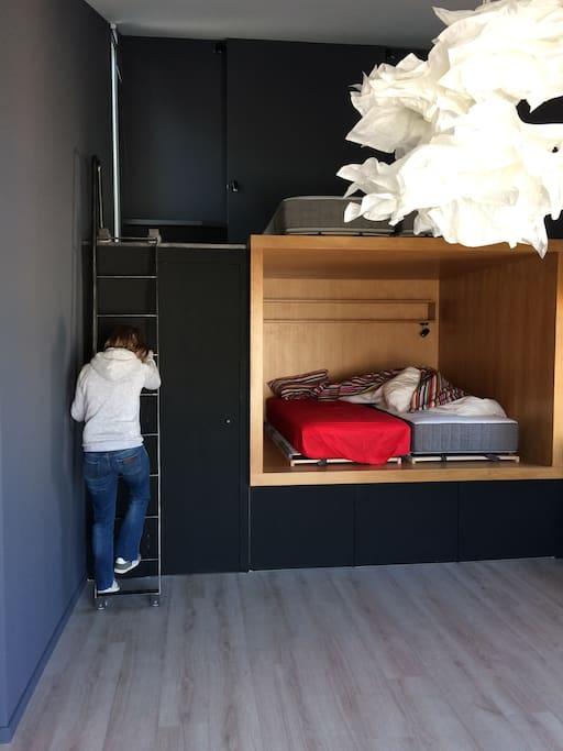 Le Cube. Concept de l'architecte avec des literies de grande qualité. The cube. Concept architect with high quality bedding.