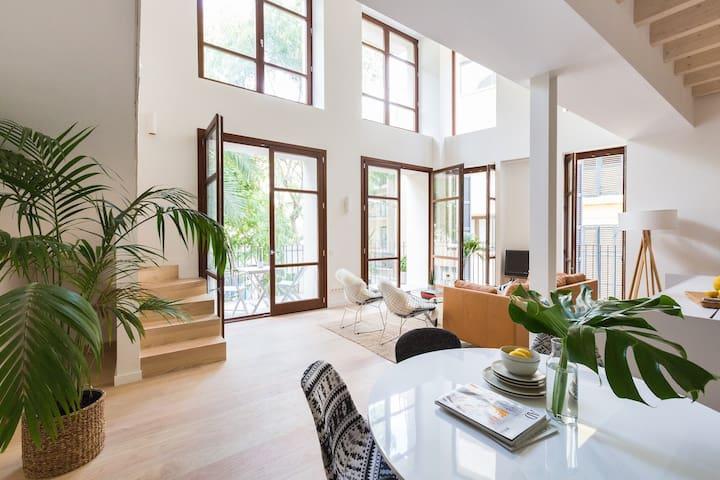 Stunning Loft Style Duplex w/parking option - Palma - Apartment