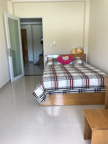 Cozy guest room with forrest view - tp. Phú Quốc - Huoneisto