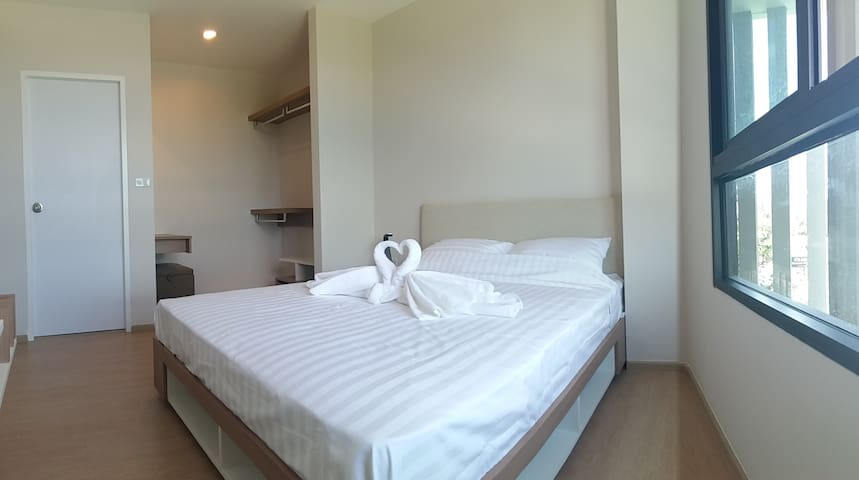Brand new very convenient 2 BR unit - phuket