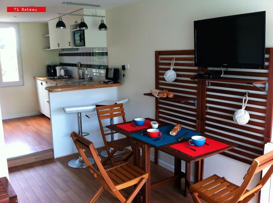 t1 locmaria belle ile en mer maisons louer locmaria bretagne france. Black Bedroom Furniture Sets. Home Design Ideas