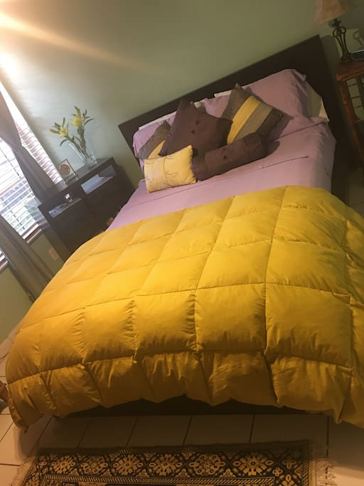 Cozy & Modern Private Room
