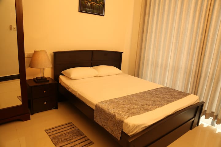 SkyCasa Holiday Apartments - Double Bedroom Only