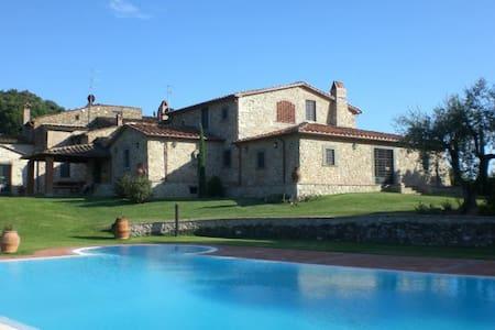 20 Migliori Ville e Palazzi in Affitto a Serravalle Pistoiese ...
