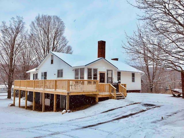 Farmhouse on 300 acres for recreational use.